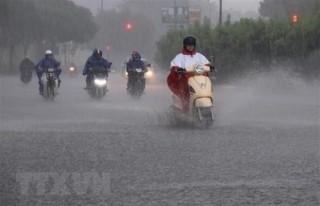 Các tỉnh ở Bắc Bộ mưa mát, khu vực Trung Bộ vẫn nắng rát