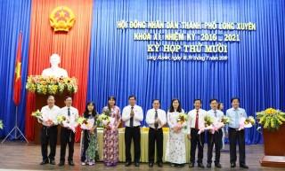 Miễn nhiệm và bầu bổ sung nhiều chức danh do HĐND TP. Long Xuyên bầu
