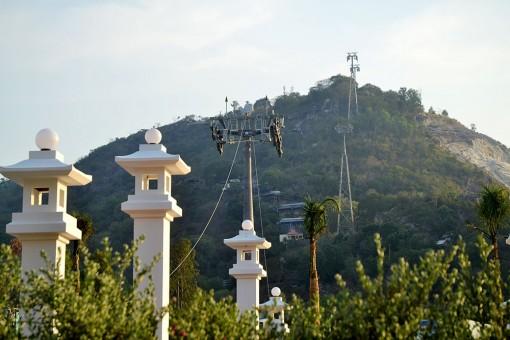Cho MGA Việt Nam thuê đất trên đỉnh núi Sam làm du lịch