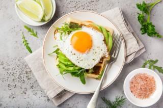 Ăn 1 quả trứng lớn mỗi ngày giúp tránh xa bệnh tiểu đường