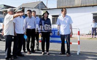 Bí thư Tỉnh ủy Võ Thị Ánh Xuân khảo sát diễn biến nguy cơ sạt lở tuyến QL.91