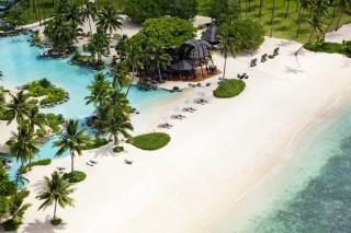 Những bãi biển đẹp nhất thế giới mà du khách không thể bỏ qua