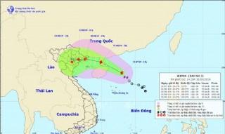 Hong Kong (Trung Quốc) ban bố cảnh báo bão cấp 8