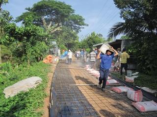Xây dựng nông thôn mới bắt đầu từ nông dân