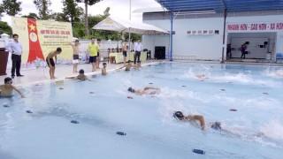 Tranh tài Hội thi bơi lội - cứu đuối huyện Châu Phú lần thứ IX - 2019