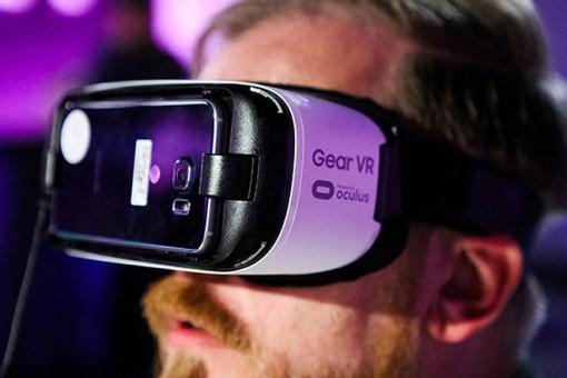 Galaxy Note 10 sẽ không tương thích với tai nghe Gear VR