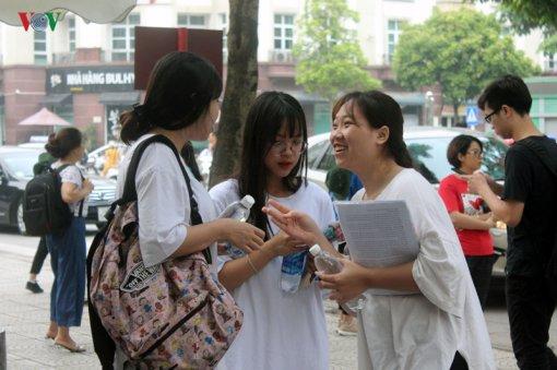 """Tuyển sinh Đại học 2019: Trường lớn được mùa, trường """"bé"""" chật vật"""