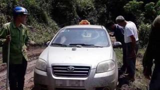 Bắt giữ ba đối tượng người nước ngoài giết người, cướp xe taxi