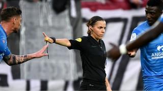 """Klopp và Lampard """"thích"""" trọng tài nữ bắt chính trận Siêu cúp châu Âu"""