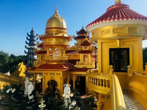 Viếng ngôi chùa có nhiều tượng phật được ghi nhận Kỷ lục Việt Nam