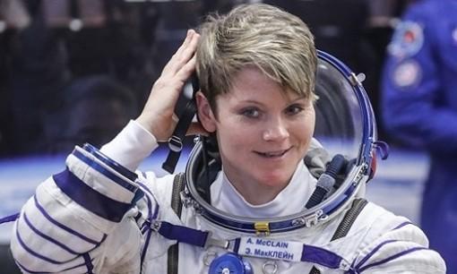 Nữ phi hành gia Mỹ bị cáo buộc phạm tội trên vũ trụ