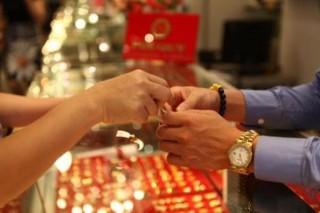 Giá vàng hôm nay 2-9: Vàng 9999, vàng SJC giảm nhẹ trong ngày nghỉ lễ Quốc khánh