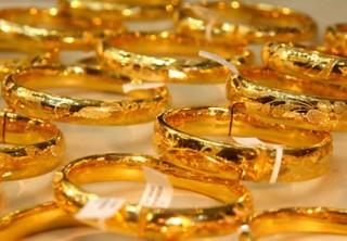 Giá vàng hôm nay 4-9, thế giới chao đảo, vàng vẫn đi lên