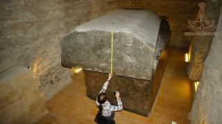 Sửng sốt thứ bên trong quan tài đá 90 tấn được người Ai Cập cổ tôn thờ