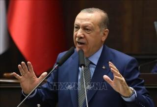 Thổ Nhĩ Kỳ cảnh báo sẽ mở cửa tuyến đường di cư tới châu Âu