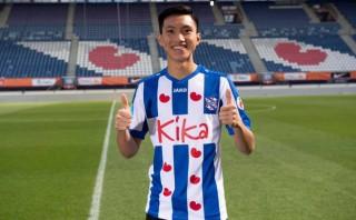 Hà Nội FC lần đầu hé lộ về đàm phán hợp đồng lịch sử Văn Hậu-Heereveen