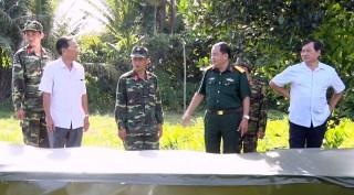 Bí thư Huyện ủy Phú Tân Lâm Phước Trung kiểm tra công tác tổ chức diễn tập khu vực phòng thủ huyện