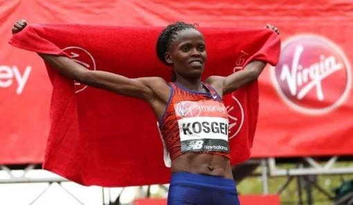 Brigid Kosgei phá kỷ lục thế giới trên đường đua bán marathon