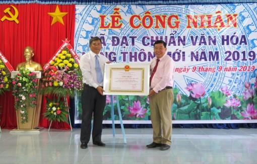 Công nhận xã Hòa Lạc đạt chuẩn văn hóa nông thôn mới
