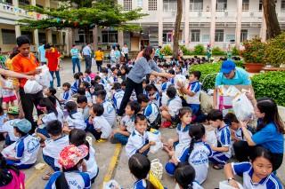 Hội Đồng đội tỉnh tổ chức Ngày hội sáng tạo thiếu nhi làm lồng đèn vui Tết Trung thu năm 2019