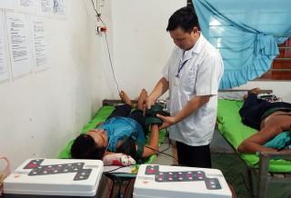 Hiệu quả sử dụng máy Royal trong điều trị đau cơ, xương, khớp