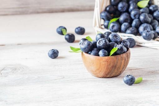 Ăn việt quất tốt cho tim mạch