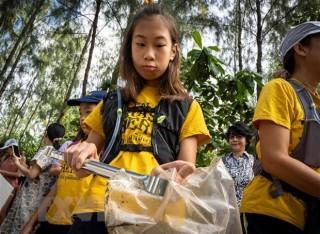 Cô bé 12 tuổi trở thành 'người hùng' chống rác thải nhựa ở Thái Lan