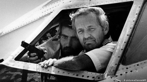 Bắt nghi phạm trong vụ cướp máy bay gây sốc thế giới 34 năm trước