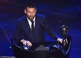 Vượt qua C.Ronaldo, Messi giành giải Cầu thủ xuất sắc nhất năm