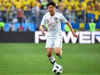 Hàn Quốc xem xét đưa nhóm cổ vũ tới vòng loại World Cup ở Triều Tiên