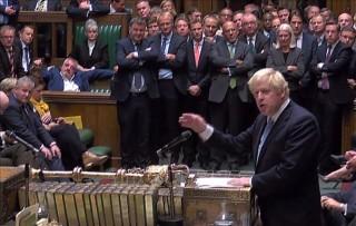 Thủ tướng Anh Johnson khẳng định không từ chức