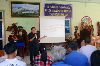 Nâng cao nhận thức du lịch cộng đồng cho người dân núi Cấm