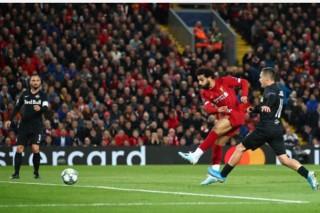 Công làm thủ phá, Liverpool thắng nghẹt thở trong trận cầu 7 bàn