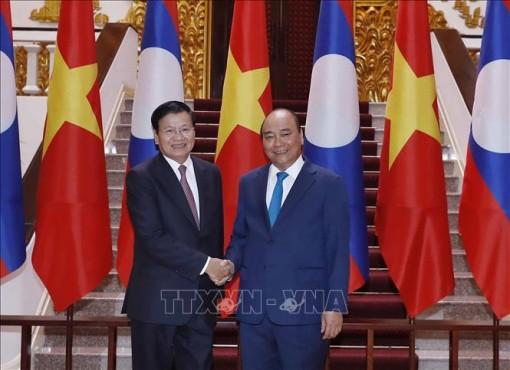 Thủ tướng Lào kết thúc tốt đẹp chuyến thăm chính thức Việt Nam