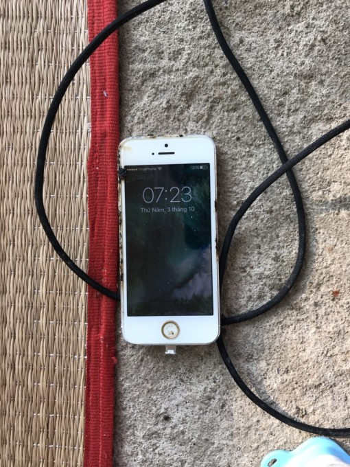 Điện thoại iPhone phát nổ khi đang sạc, thanh niên tử vong trên võng