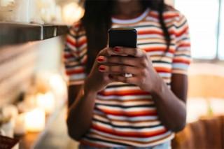 Chúng ta đang gõ trên smartphone nhanh không kém laptop