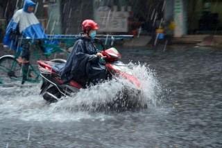 Hôm nay, mưa dông bao trùm cả nước