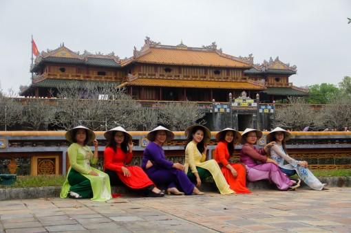 Phụ nữ mặc áo dài được miễn phí tham quan các điểm di tích tại Huế dịp 20-10