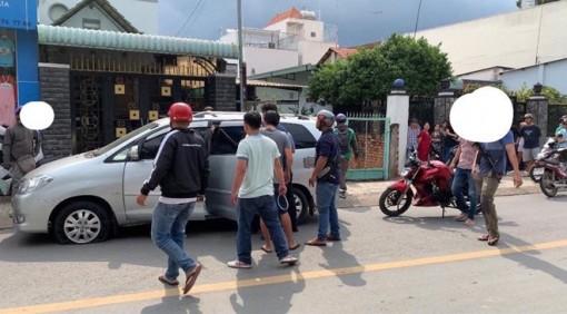 Cảnh sát nổ súng khống chế nhóm giang hồ đâm thuê chém mướn