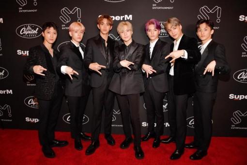 Hiện tượng âm nhạc mới của Hàn Quốc đứng đầu Billboard 200