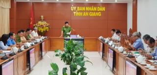 Phó Thủ tướng Chính phủ Trương Hòa Bình biểu dương 22 địa phương giảm trên 10% số người chết do tai nạn giao thông
