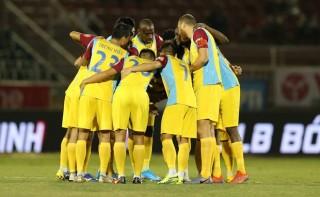 V-League 2019: Cuộc đua trụ hạng vô cùng căng thẳng và kịch tính
