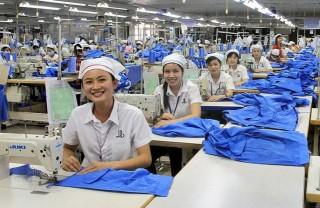 Tạo động lực mạnh mẽ nâng cao đời sống cho người lao động