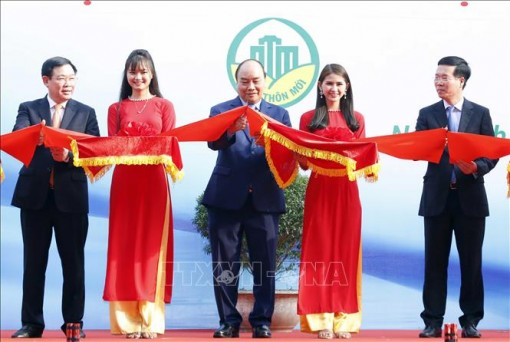 Thủ tướng dự khai mạc Triển lãm thành tựu 10 năm xây dựng nông thôn mới