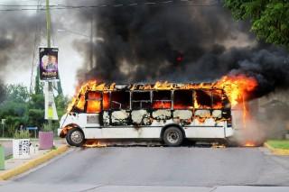 Vụ bắt con trai trùm ma túy châm ngòi bạo lực ở Mexico