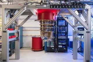 Google chế máy tính lượng tử, mạnh hơn siêu máy tính mạnh nhất hiện tại cả tỉ lần