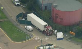 Khám xét 2 địa điểm tình nghi liên quan vụ phát hiện 39 thi thể trong xe container