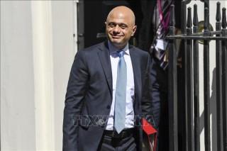 Chính phủ Anh hủy kế hoạch công bố ngân sách mới