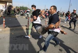 Biểu tình bạo lực tiếp diễn tại Iraq, ít nhất 63 người thiệt mạng