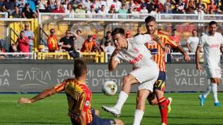 De Ligt mắc sai lầm, Juventus hòa cay đắng trước Lecce